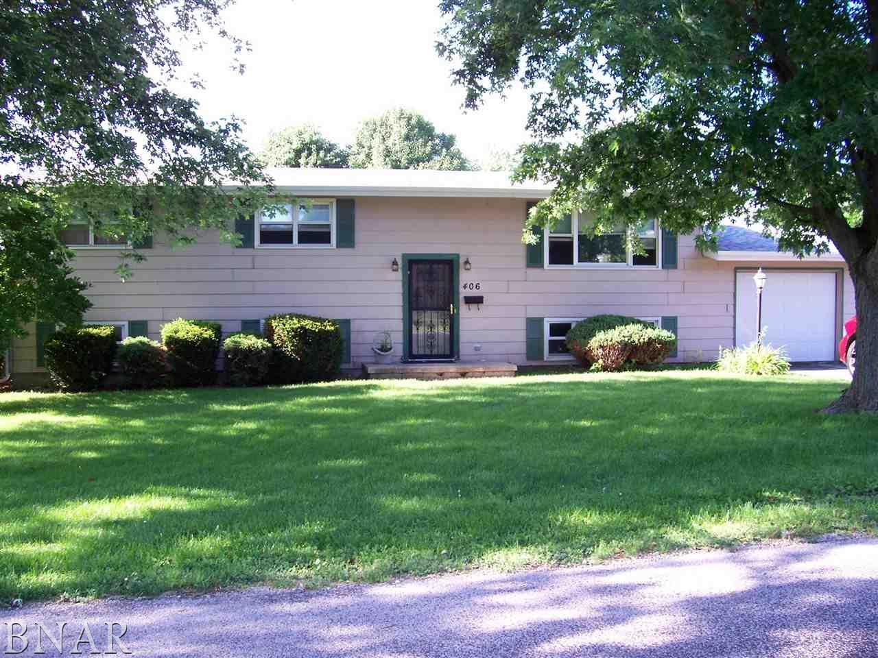 406 W Columbia St, Danvers, IL 61732