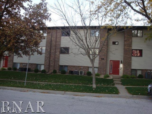Photo of 1920 Tracy Dr 9  Bloomington  IL