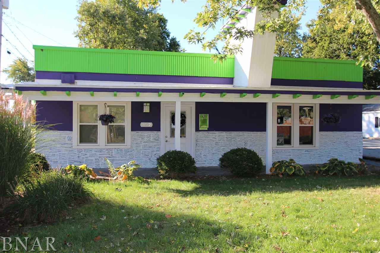 507 Pine St, Normal, IL 61761