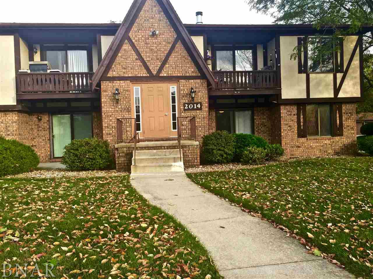 Photo of 2014 Tracy Dr Unit 2  Bloomington  IL