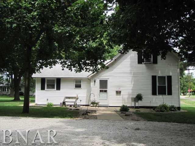 Photo of 110 E Wayne St  LeRoy  IL