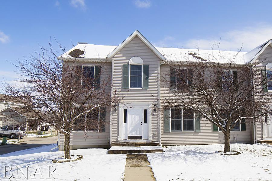 1413 Hull St, Normal, IL 61761