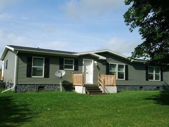 95 Barber Rd, Covington, PA 16917
