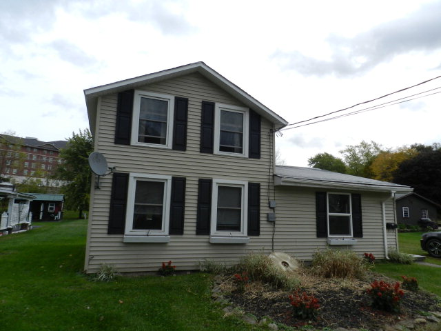 219 S Academy St, Mansfield, PA 16933
