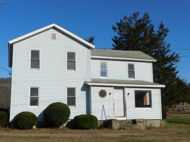 258 Roseville Ave, Mansfield, PA 16933