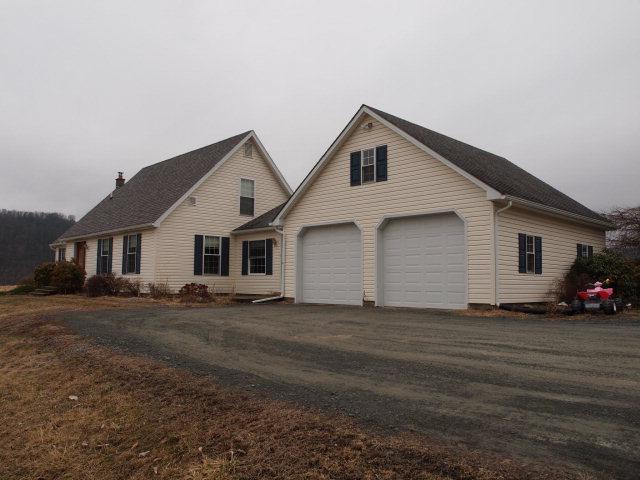 Real Estate for Sale, ListingId: 34207304, Wyalusing,PA18853