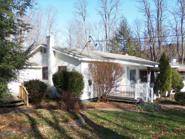 Photo of 818 WYNCOOP CREEK RD  Chemung  NY