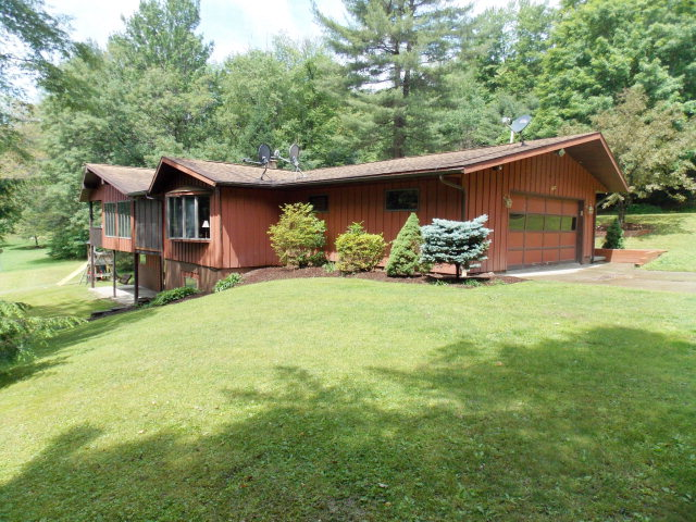 161 Woodland Pines Rd, Athens, PA 18810