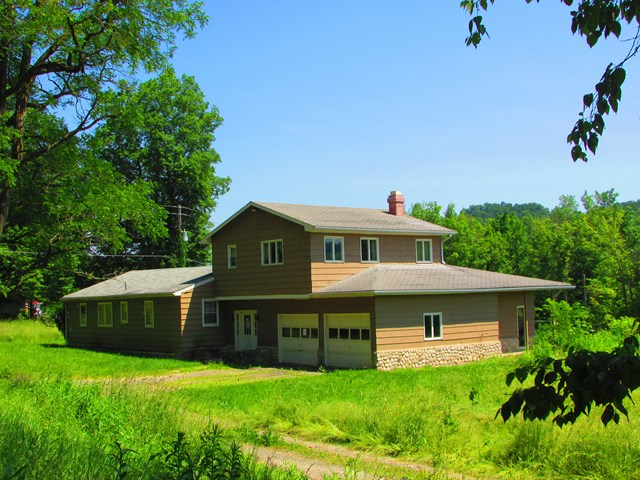 Photo of 440 Cornell  Laceyville  PA