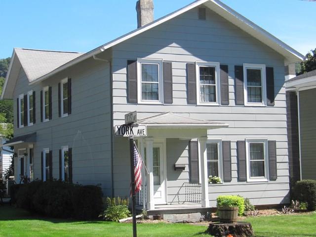 310 York Ave, Towanda, PA 18848