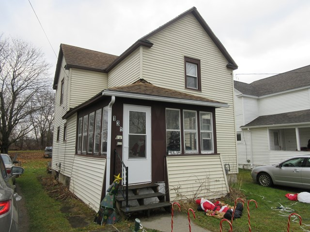 Photo of 135 Hoover St  Sayre  PA