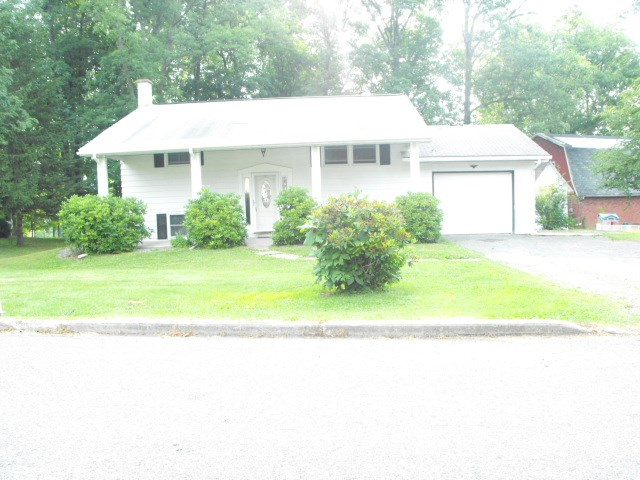 Photo of 44 Woodland Dr  Troy  PA
