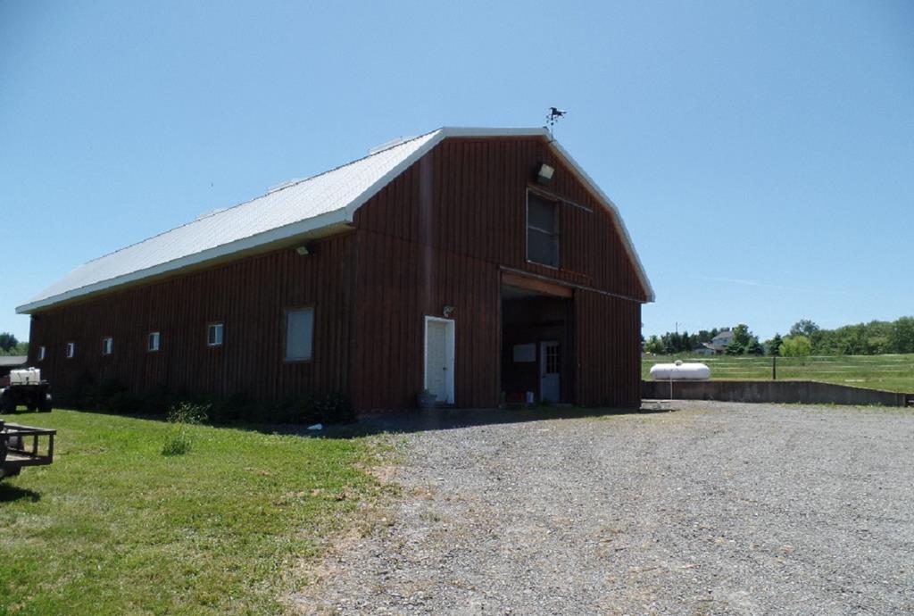 3667 Burnwood Road Thompson, PA 18465