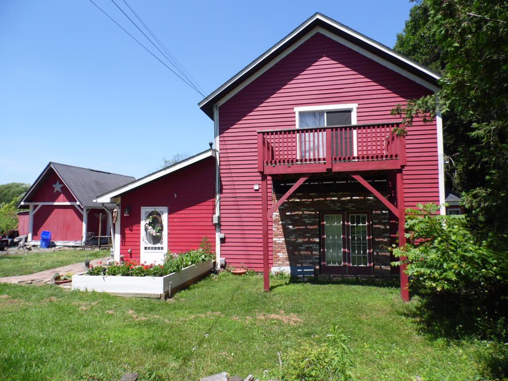 1025 Redington Ave Troy, PA 16947
