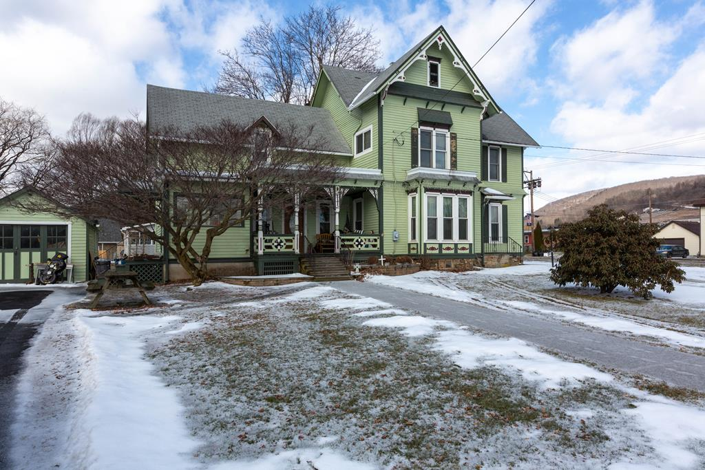 316 E Main St Knoxville, PA 16928