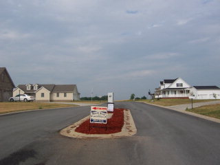 6016 LONETREE WAY Maysville, KY 41056