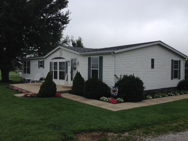 Photo of 138 Howell Dr  Brooksville  KY