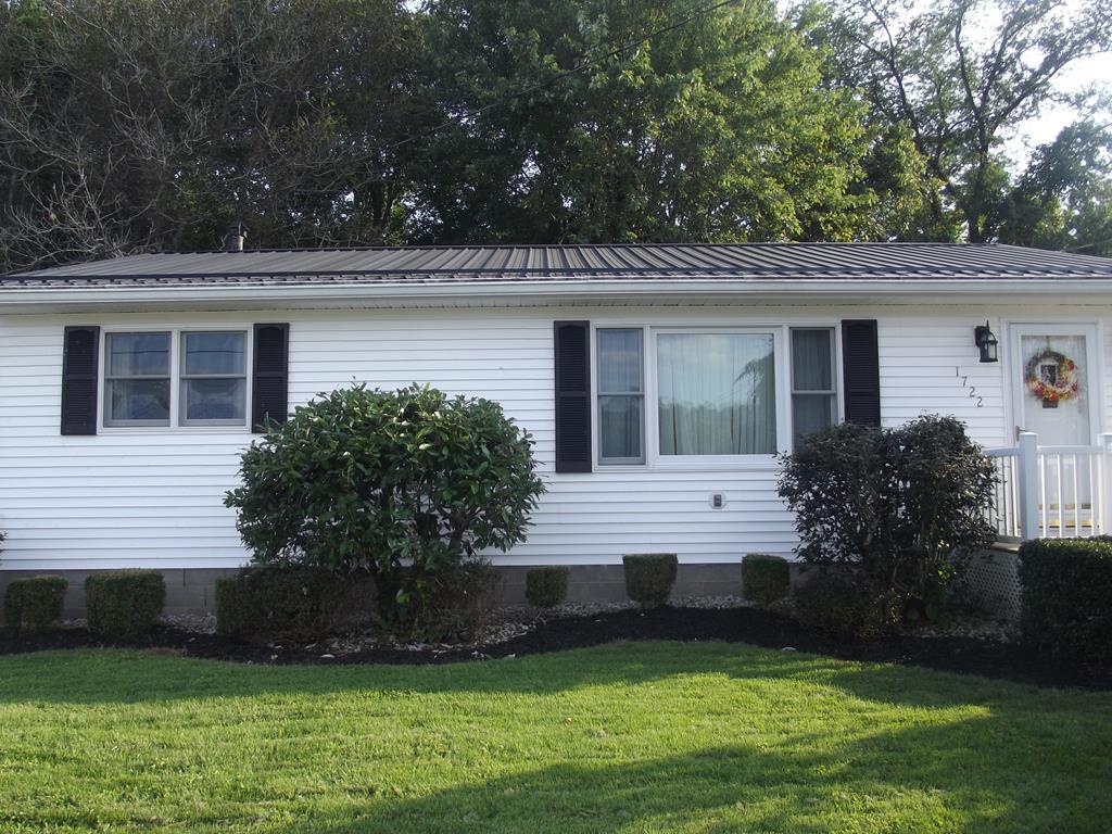 1722 Oak Street Maysville, KY 41056