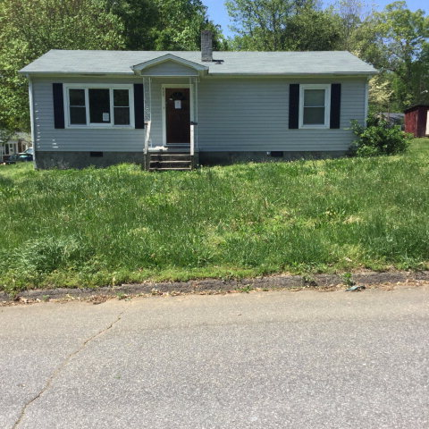 420 30th St Sw, Hickory, NC 28602