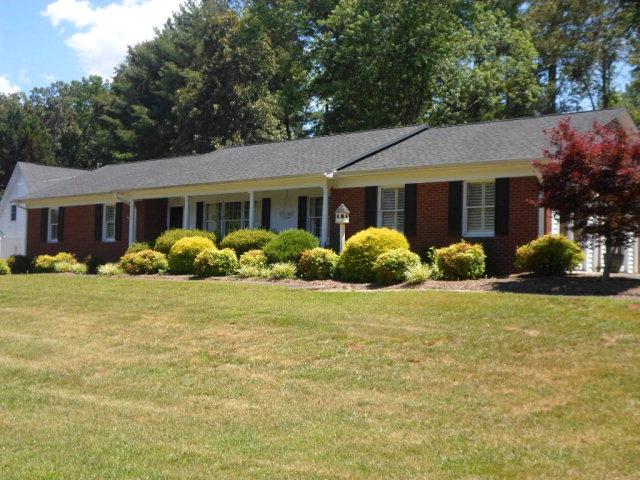 113 Creekside Dr, Morganton, NC 28655