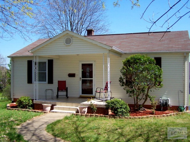 114 33rd St Nw, Hickory, NC 28601