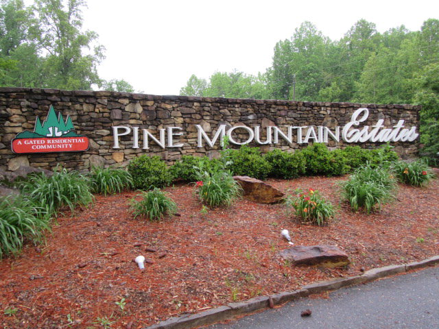 Photo of 7889 Kinglet Road  Connelly Springs  NC