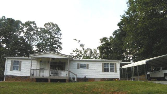 2430 Woodridge Ct, Lenoir, NC 28645