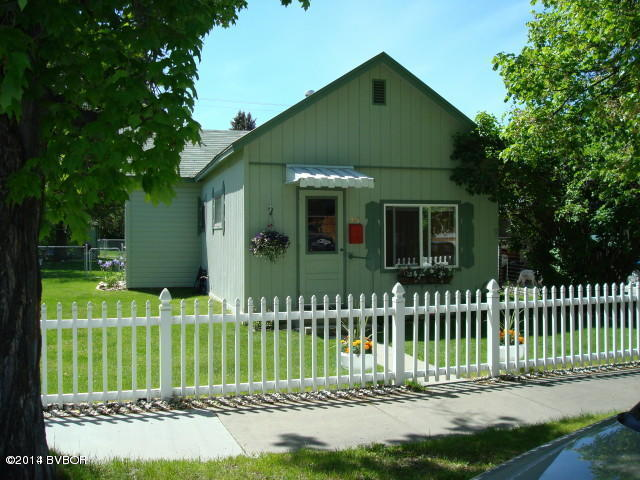 313 S 7th St, Hamilton, MT 59840