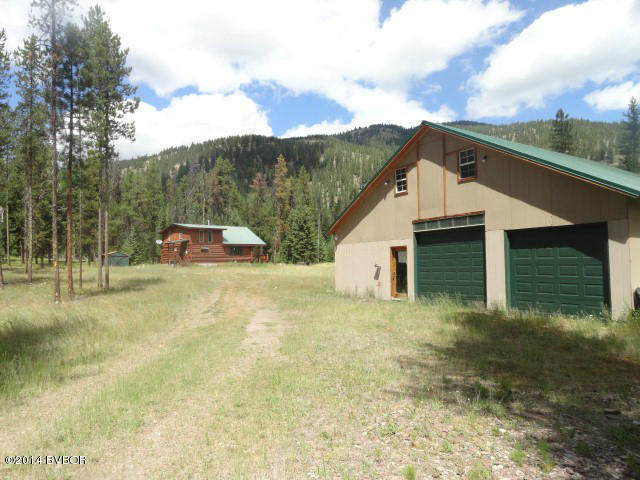 4095 W Fork Petty Creek Rd, Alberton, MT 59820