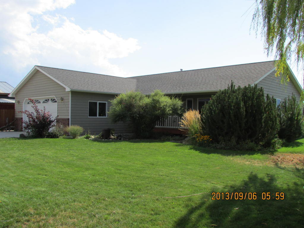 1071 Honey Well Dr, Corvallis, MT 59828