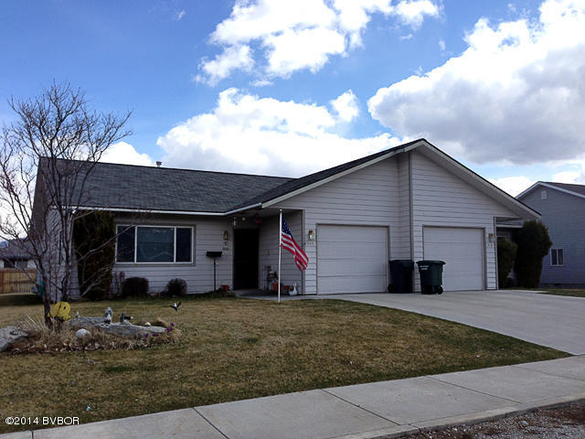 618 N 10th St, Hamilton, MT 59840
