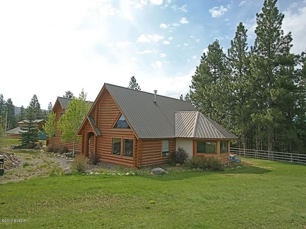 233 Painthorse Trl, Darby, MT 59829