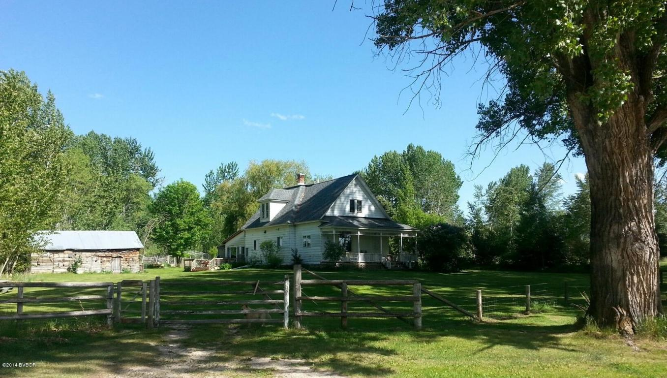 3604 Bridle Bit Ln, Stevensville, MT 59870