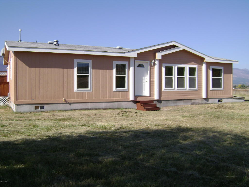 422 N Grant Ln, Hamilton, MT 59840