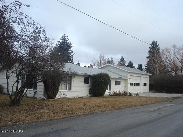 412 Montana Ave, Hamilton, MT 59840
