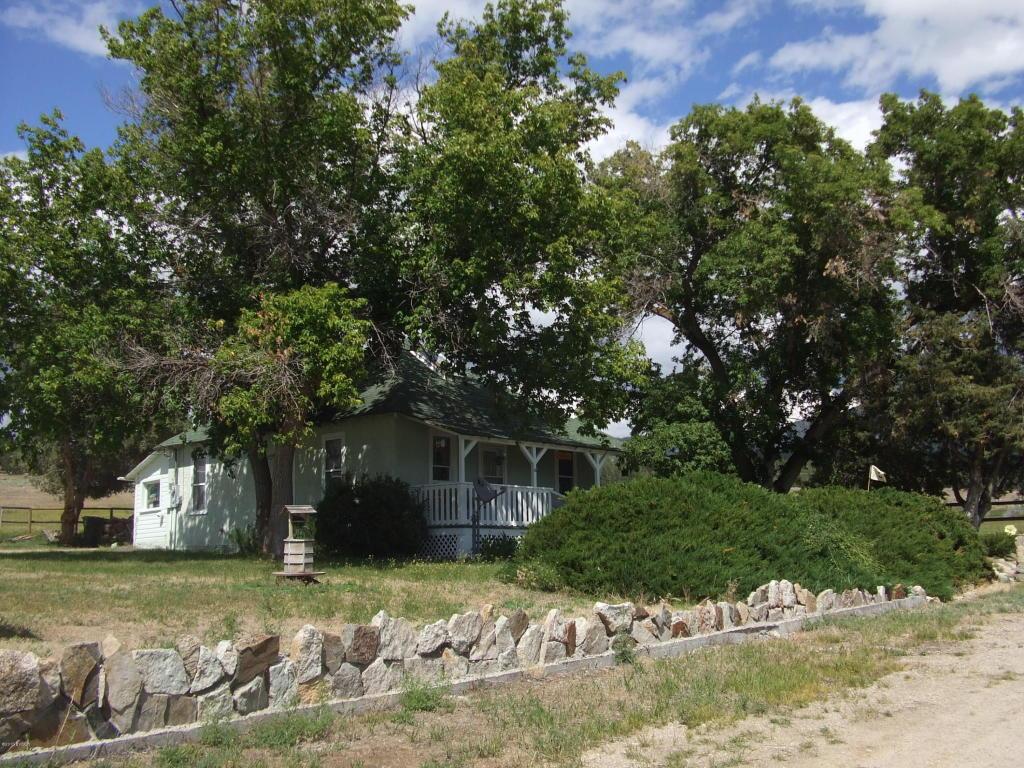 1378 Willow Creek Rd, Corvallis, MT 59828