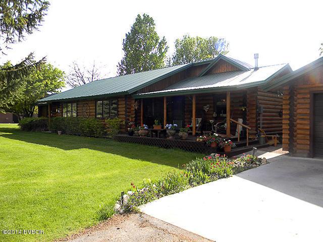 583 Willow Creek Cross Rd, Corvallis, MT 59828