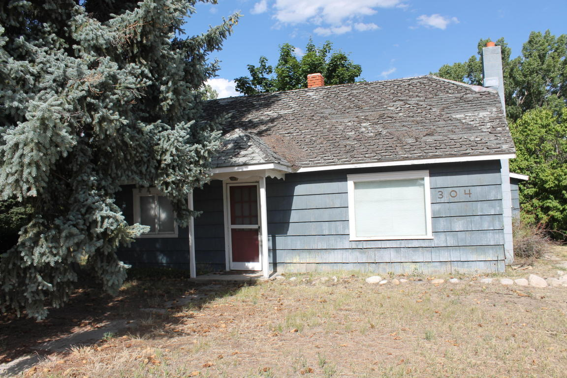 304 N Main St, Darby, MT 59829