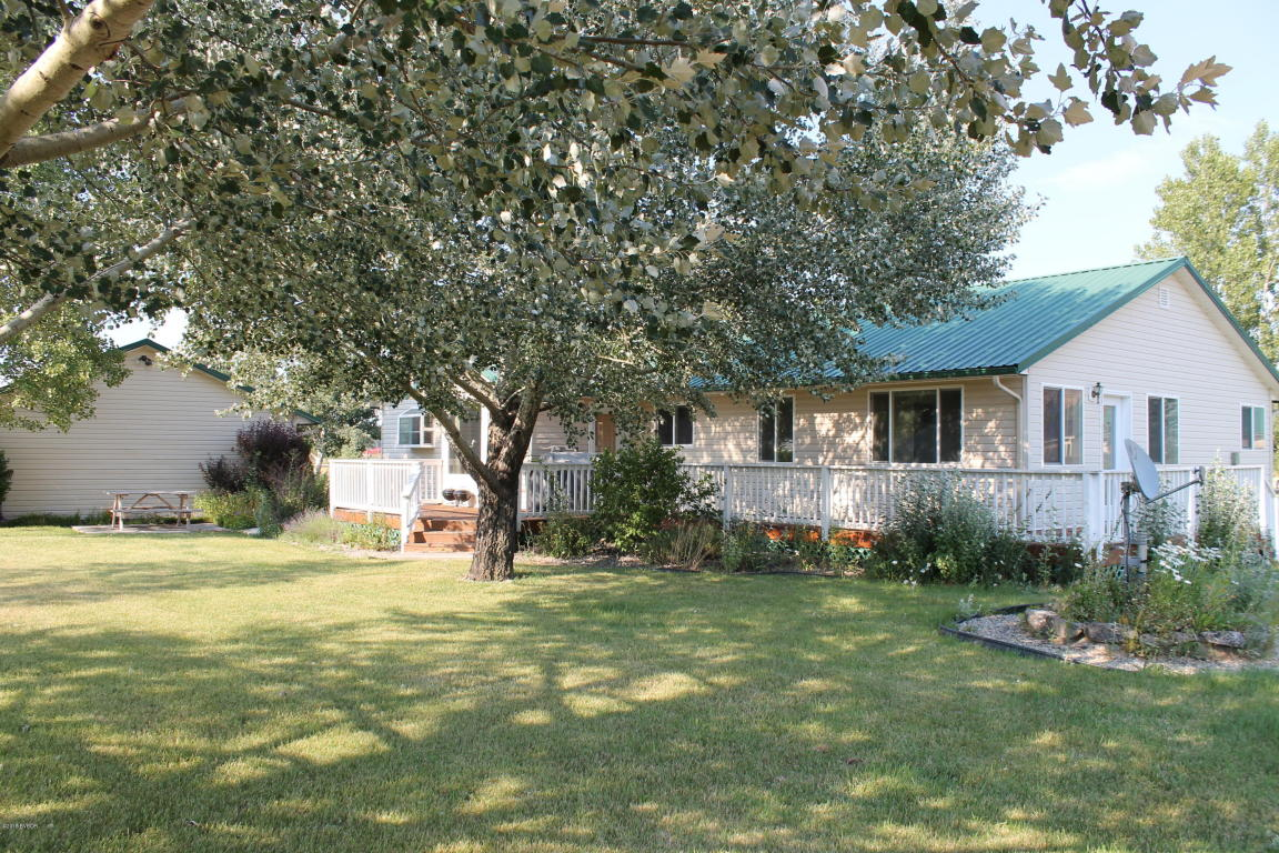 163 Three Feathers Dr, Hamilton, MT 59840