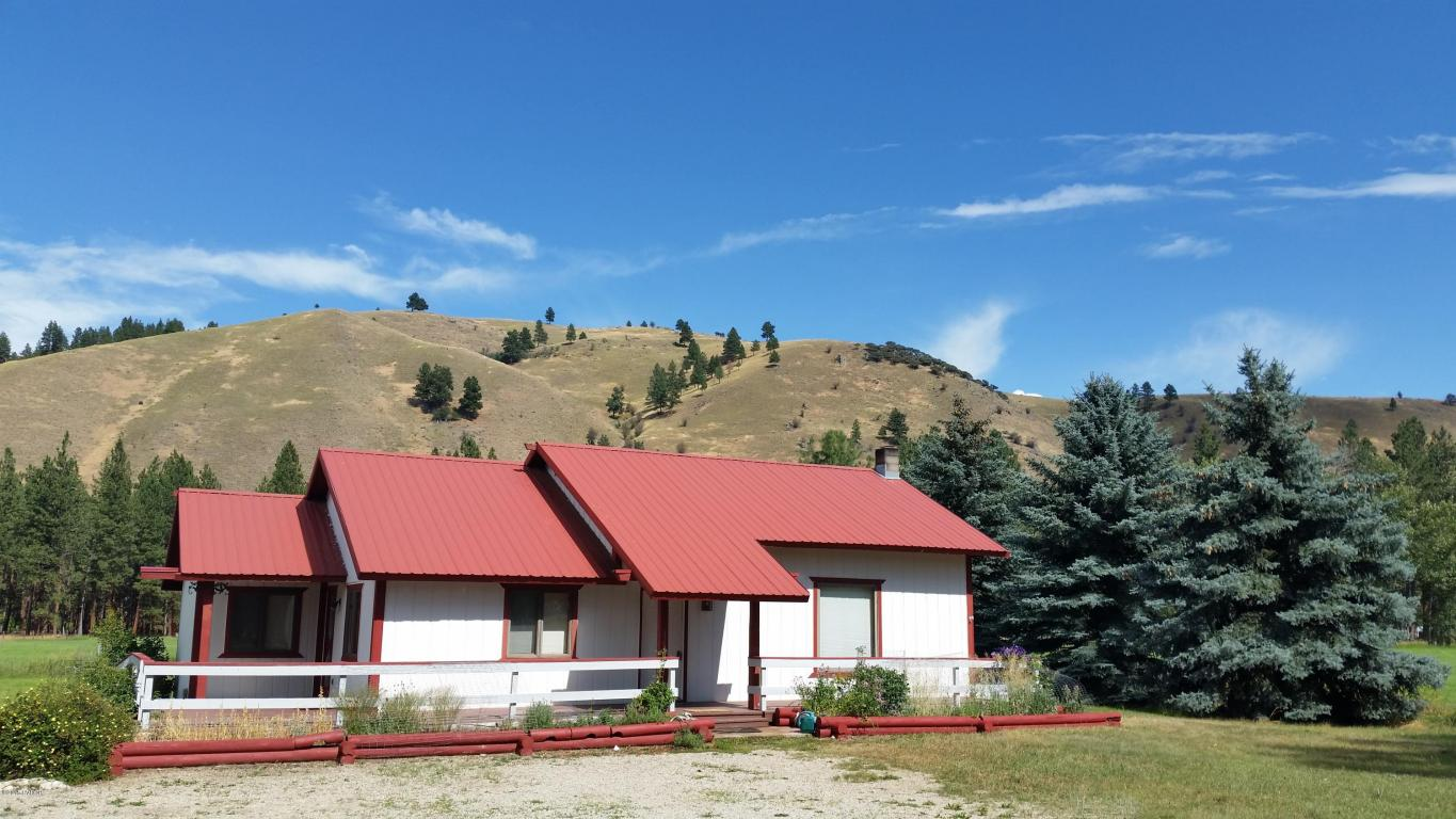722 Water St, Darby, MT 59829
