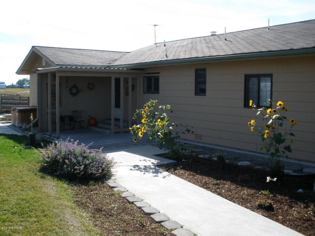 4.85 acres Corvallis, MT