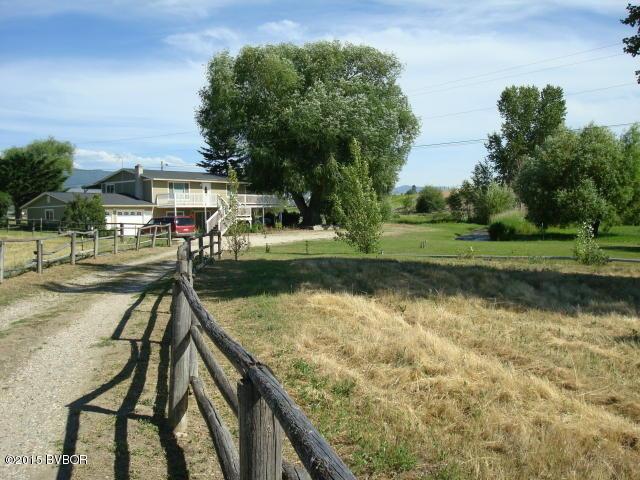 1002 Honeyhouse Ln, Corvallis, MT 59828