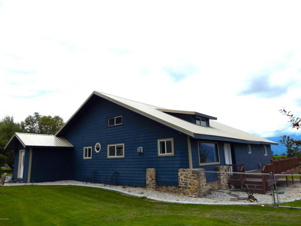 1253 Bolin Ranch Rd, Stevensville, MT 59870