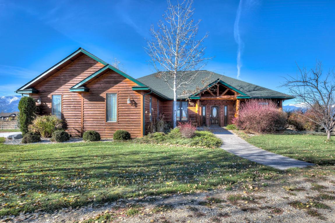 649 Warbler Ln, Corvallis, MT 59828