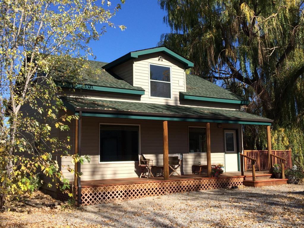 255 Meadowlark Ln, Hamilton, MT 59840