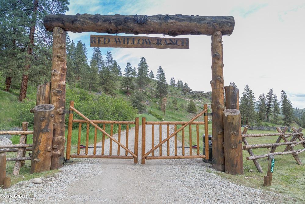 768  Rambling Rd, Conner, MT 59827
