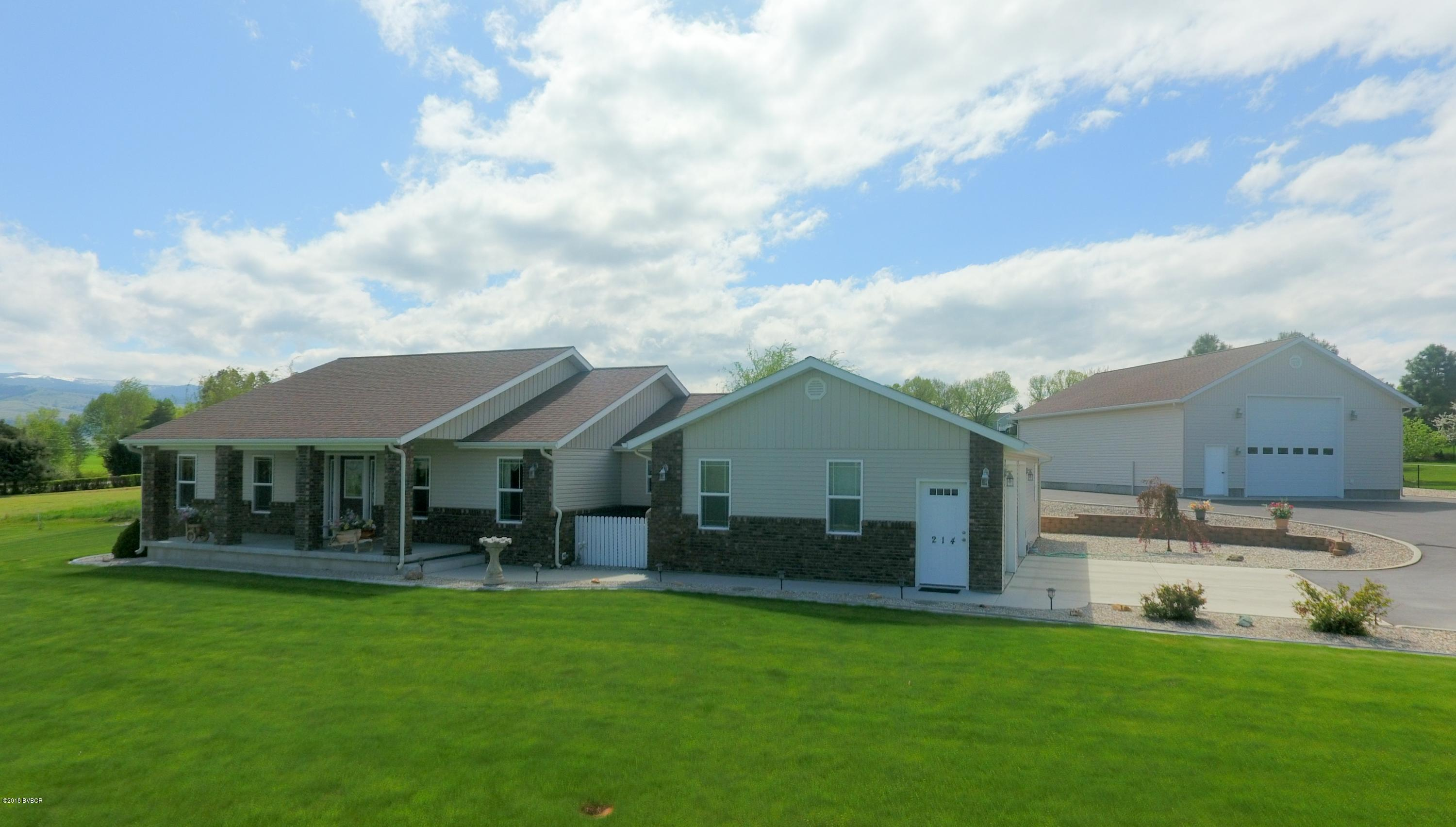 214 Upper Skyway Hamilton, MT 59840