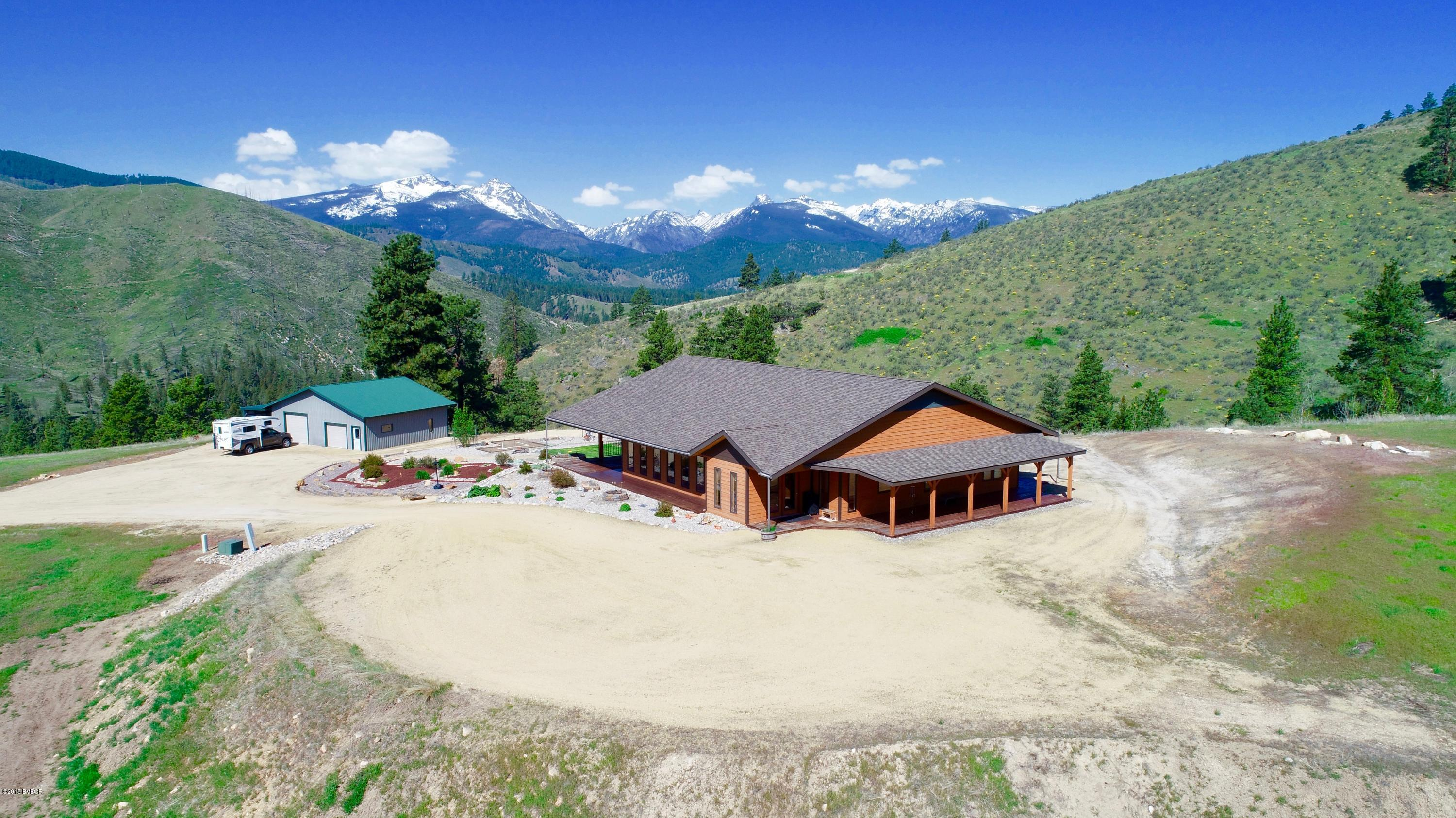 215 Critter Crossing TRL Conner, MT 59827