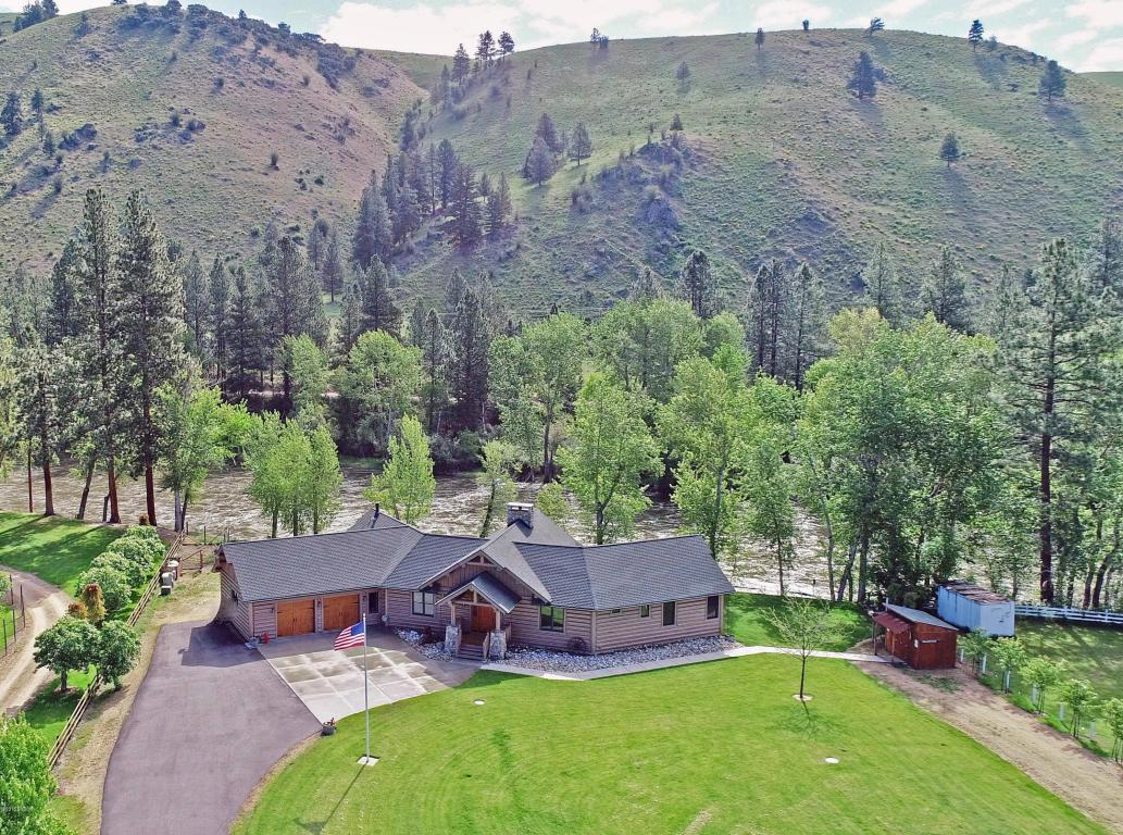 20 Shirleys CT Darby, MT 59829