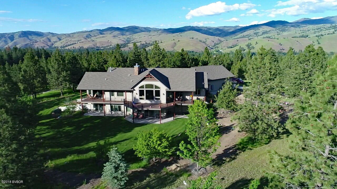 207 Tin Cup RD Darby, MT 59829
